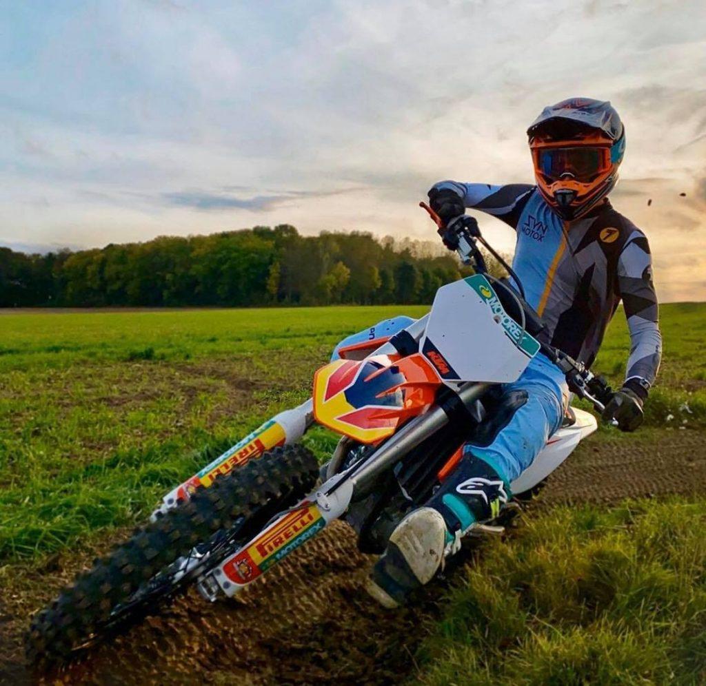 Dirt Bike Turning Tips