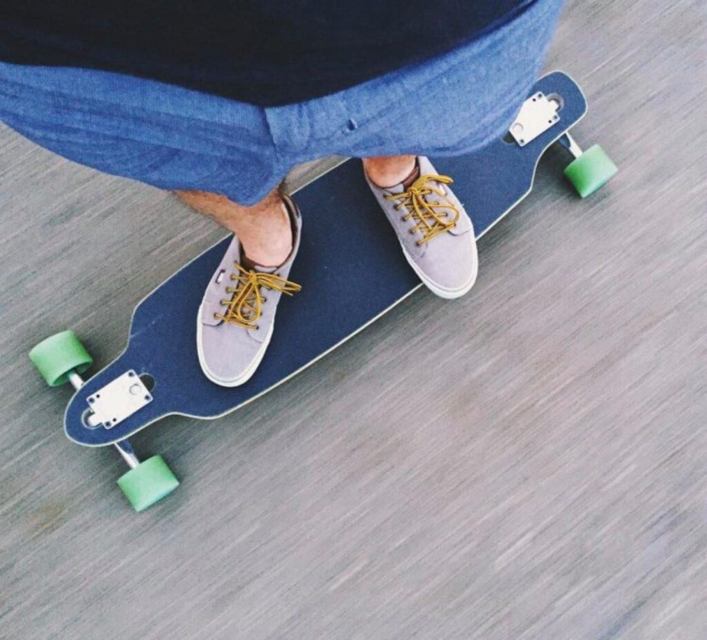 Longboard Or Skateboard For New Starters