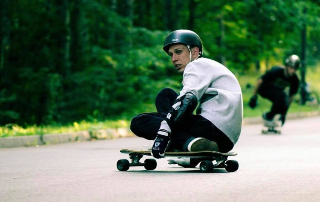 How To Brake On A Longboard At Speed
